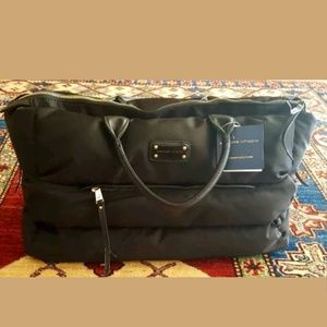 Adrienne Vittadini puffer overnight weekender Bag
